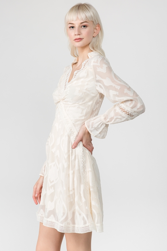 Picture of Collar Long Sleeve Flare Dress
