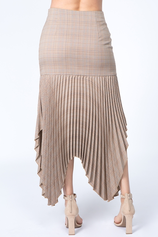 Picture of Checker Handkerchief Pleated Skirt