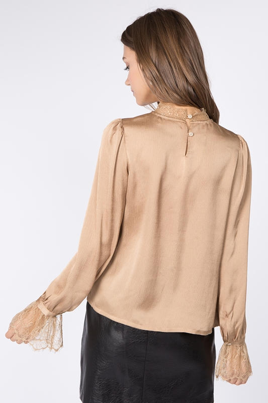 Picture of Long Sleeve Lace Top